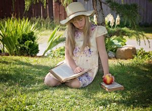 child-girl-read-learn-159543